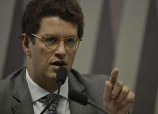 Ministro Ricardo Salles divulga comercial de montadora em sua rede social. Foto - Agência Brasil/Divulgação