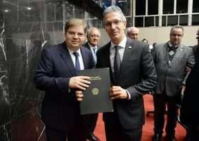 Deputado Agostinho Patrus (esq.) e governador Romeu Zema voltam a se reunir amanhã de manhã. Ricardo Barbosa/ALMG