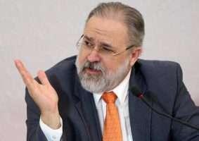 Augusto Aras, de perfil mais conservador, pode ser o novo chefe do Ministério Público. Foto - Roberto Jayme/TSE)