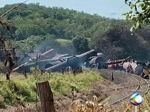 Ferrovia FCA estoca produtos químicos em Serra do Salitre - Além do Fato