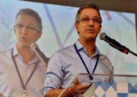Governador Romeu Zema espera recursos da venda de créditos do nióbio para pagar 13º salários dos servidores estaduais. Foto - Agência Minas