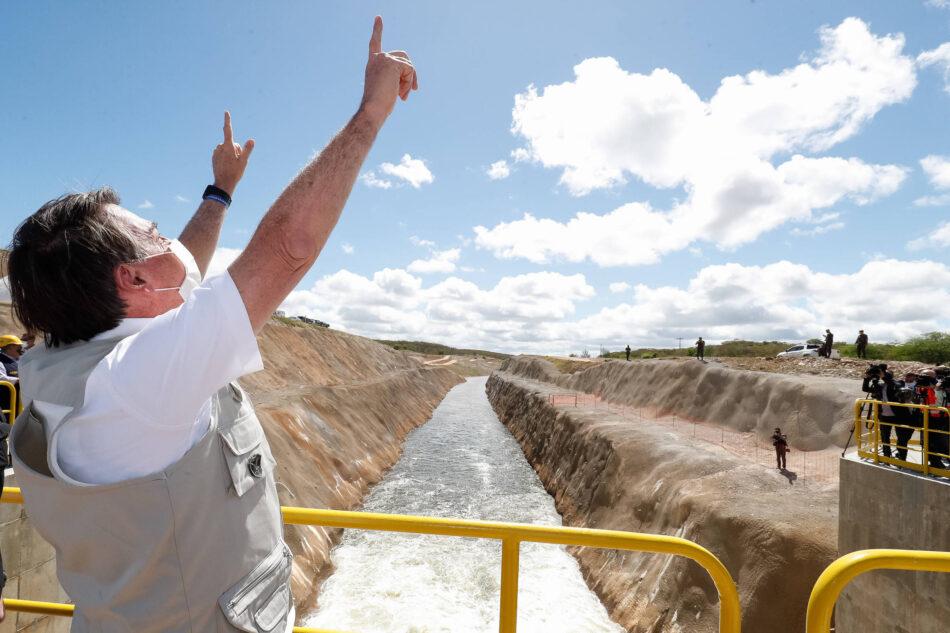 Presidente inaugura trecho das obras de transposição do rio São Francisco, no Ceará. Foto - Isac Nóbrega-PR