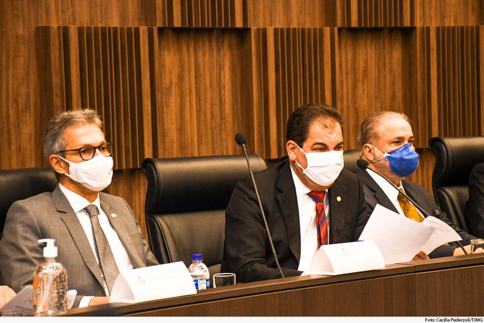 Governador Romeu Zema na assinatura do acordo com a mineradora Vale. Foto - Cecília Pederzoli - TJMG